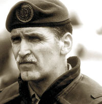 dallaire.jpg (10394 bytes)